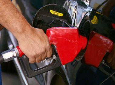 Petrobras anuncia redução de 0,8% no preço da gasolina para esta terça-feira